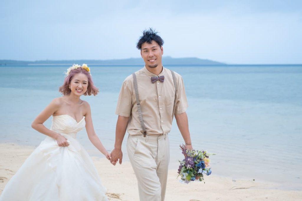 沖縄県宮古島でのフォトウェディング写真(海イメージ)