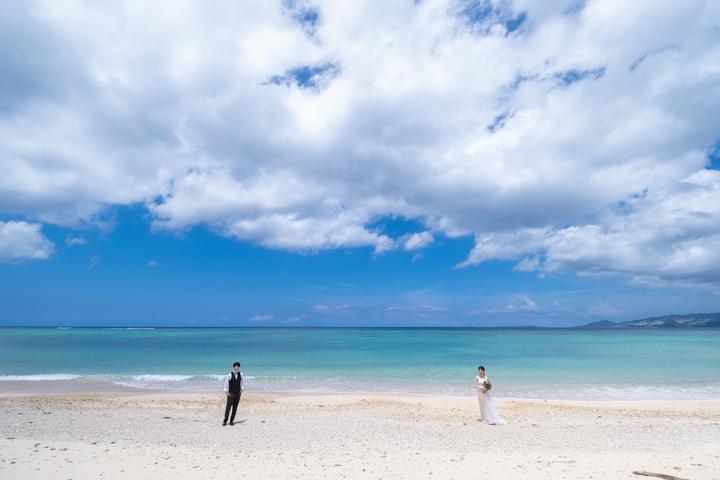 沖縄フォトウェディング(恩納村でのビーチフォト)